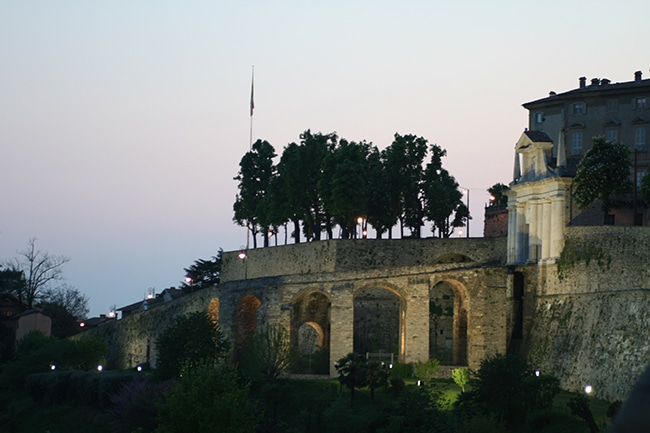 Bastions and the entry of Saint Jacob Gate - sunset, April 2010 - ICAP